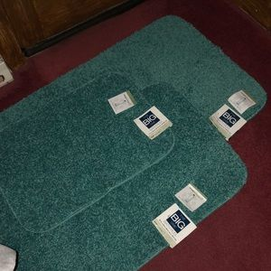 Set of 3 NEW! Bath Rugs -Made in USA! $65+ Retail